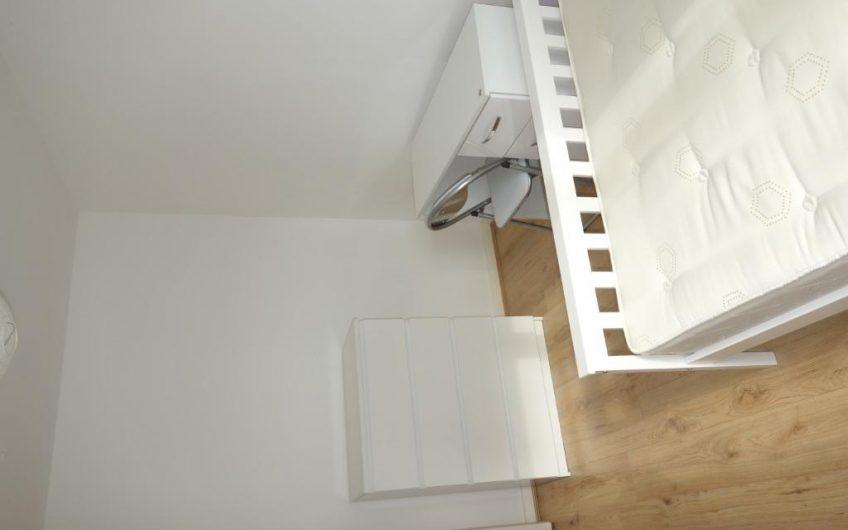 Spacious 3 bedroom maisonette flat to rent