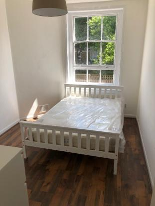 Newly refurbished 3 double bedroom flat in Bethnal Green | 3 double bedroom flat to rent