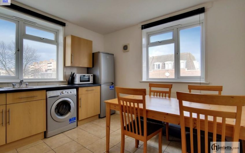 Fantastic newly refurbished 4 bedroom flat to rent