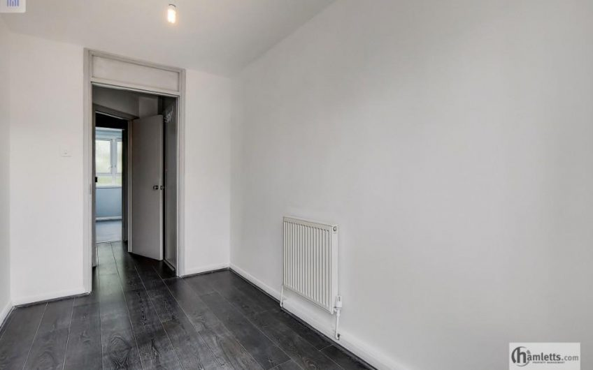 spacious 4 bedroom maisonette to rent (No Lounge) high standard, great transport links