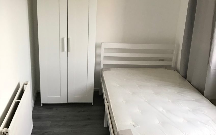 Amazing Newly refurbished single room share London in great location